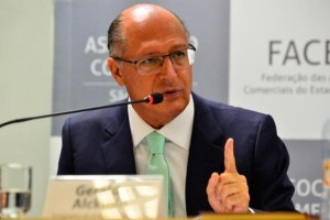 Governador nega saída do titular da Casa Civil e descarta reforma do secretariado (Rovena Rosa/Agência Brasil)
