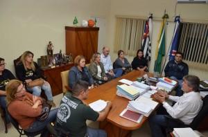 Paganini conversou com representantes de entidades e membros do governo (Divulgação)