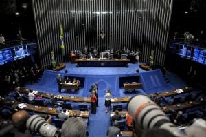 Sessão não deve terminar nesta quarta-feira (Pedro França/Agência Senado)