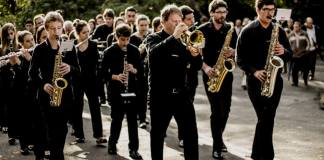 Banda Lira faz participações em eventos (Paulo Bellini/Divulgação)