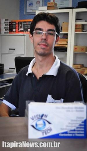 Gabriel Boretti Silva comanda atividades da Vision Tech Informática