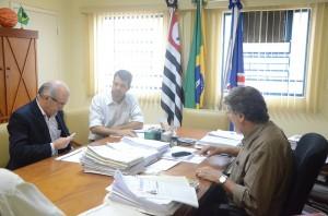 Acordo foi assinado na manhã desta quinta-feira em Itapira (Divulgação)