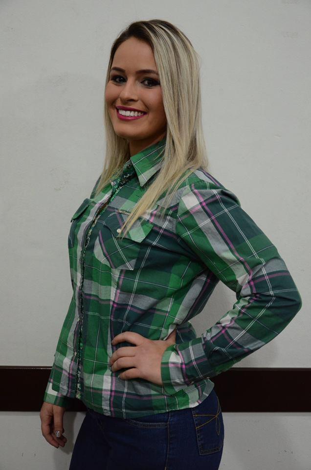 Aline Cristina Pereira – 23 anos