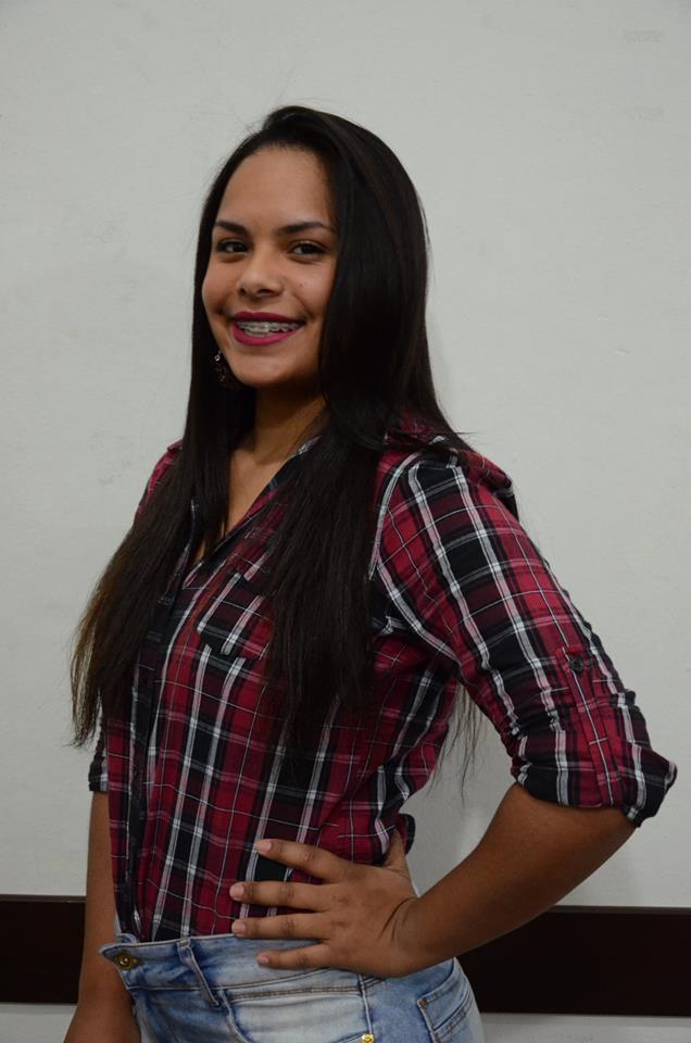 Larissa Graciela da Costa – 19 anos