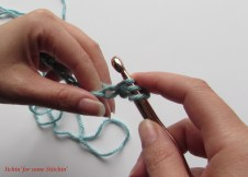 How to Double Crochet Step 7b. http://www.itchinforsomestitchin.com