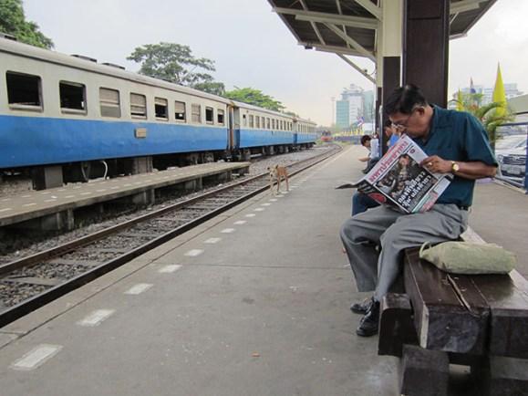 Bangkok train station - Thornburi