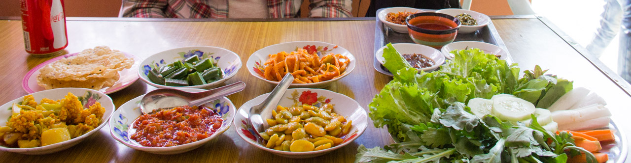 Everything we ate in Myanmar: Burmese Food Porn