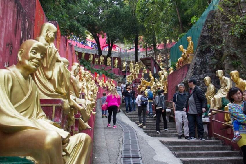 10,000 buddha monastery