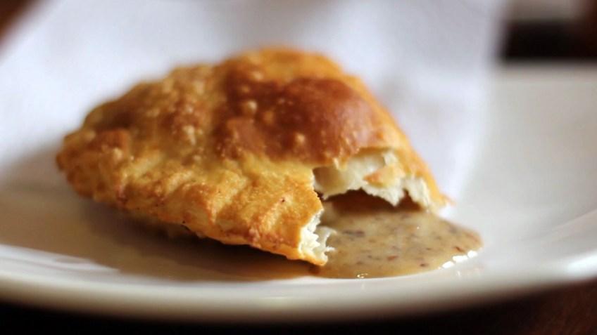 empanada de mejido - custard empanada