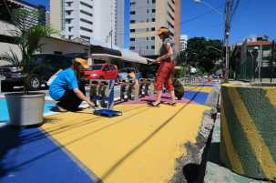 Painting pedestrian space