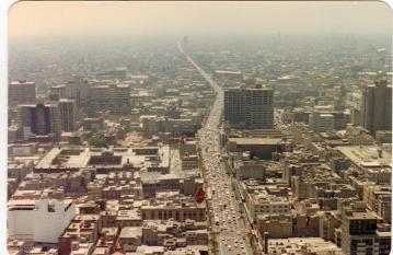 In 1985 Mexico City was home to 15 million people, many of whom had arrived within the previous few years looking for work.