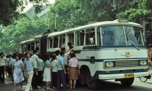 Prior to the first BRT that opened in China in 1999, residents relied on less efficient forms of transit.