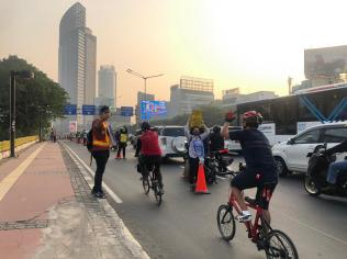 Local activists supported the cycle lane and stood up against the police lack of support.