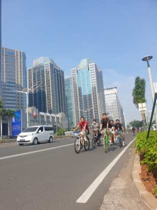 Jakarta has seen a boom in cycling amidst the pandemic with more people wanting outdoor exercise and a way to commute without coming in close contact with others.
