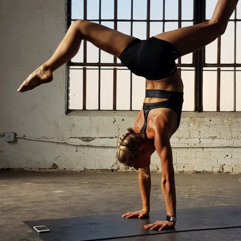 best Yoga apps for Android, top free yoga apps for android, paid yoga app