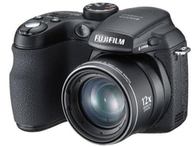 FujiFilm FinePix S1000fd with 12x Zoom