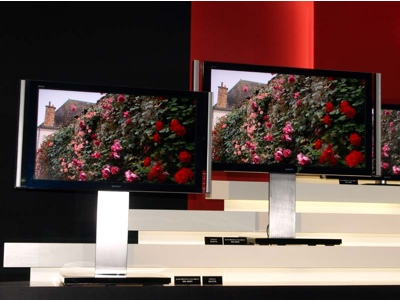 Sony Bravia X1 and XR1 series LCD HDTVs