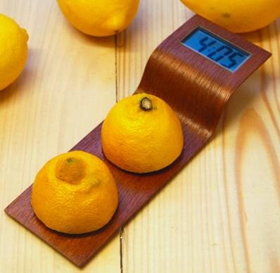 Citrus - Lemon-powered clock