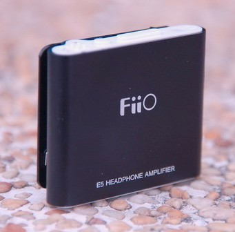 Fiio E5 Headphone Amp looks like a Shuffle