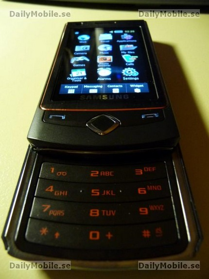 samsung-s8300-slider-amoled-touchscreen-3.jpg