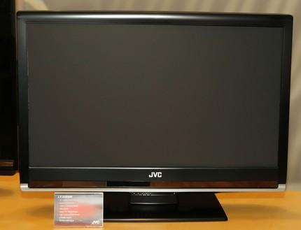 JVC LT-32D200 LCD TV / DVD player combos