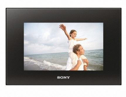 Sony DPF-D82 and DPF-D92 Digital Photo Frame