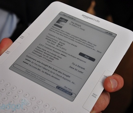 amazon-kindle-2-hands-on-1.jpg