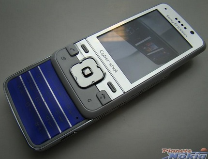 sony-ericsson-c903-cyber-shot-hands-on-shots-10.jpg