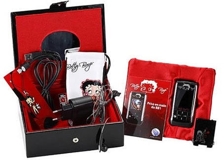 samsung-betty-boop-limited-edition-slider-phone-1