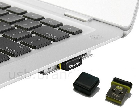 EagleTec Nano Flash Drive