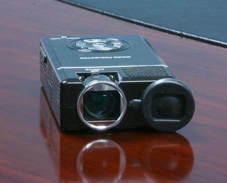 nextar-z10-micro-projector-1