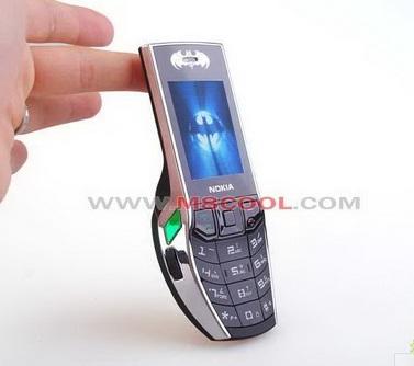nokla-batman-mobile-phone-2