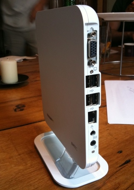 EMTEC G Box Ion-powered Nettop ports