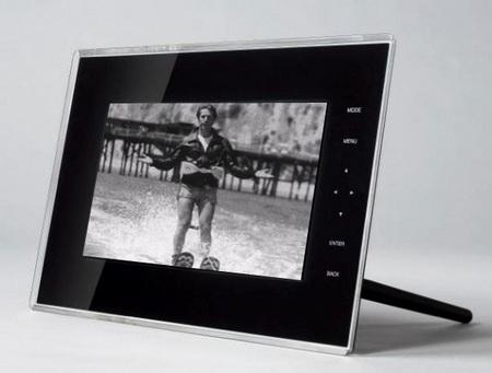 Toshiba Digital Media Frames with FrameChannel Support
