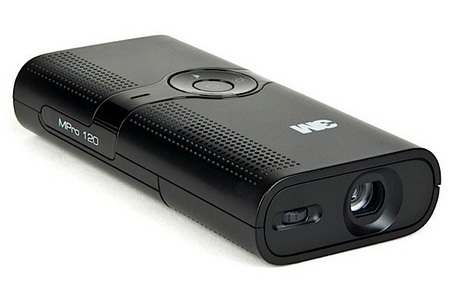 3M MPro120 Pocket Projector front