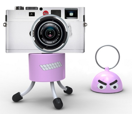 Quirky DigiDudes Portable Camera Tripod and Keychain with leica