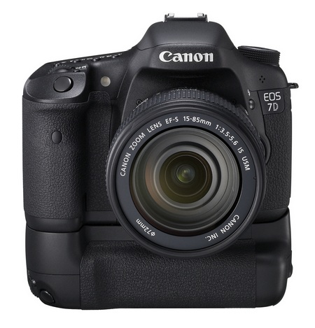 Canon EOS 7D Mid-range DSLR with WFT-E5A wireless file transmitter