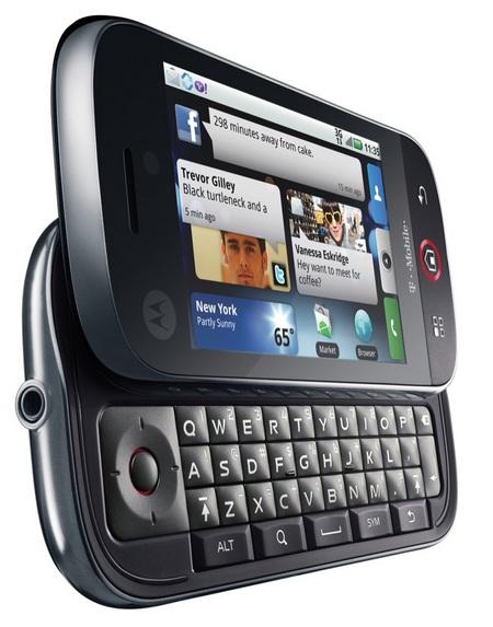 Motorola CLIQ Android Phone with MOTOBLUR left