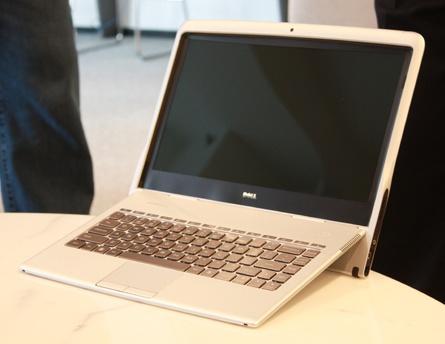 Dell Adamo XPS Super Thin Notebook