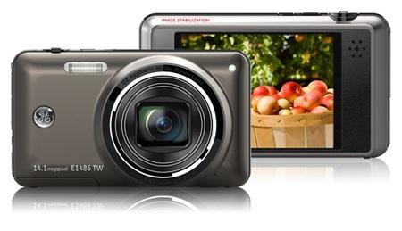 General Imaging E1486TW touchscreen camera