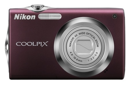 Nikon CoolPix S3000 digital camera plum