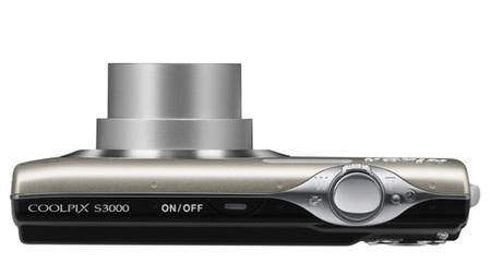 Nikon CoolPix S3000 digital camera top