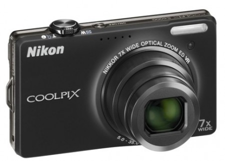 Nikon CoolPix S6000 Digital Camera Black
