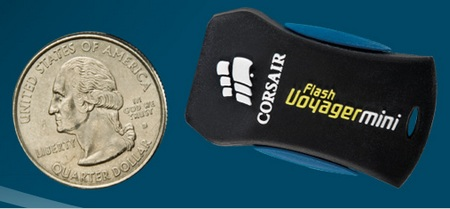Corsair Flash Voyager Mini 32GB Flash Drive