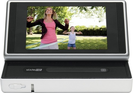Cisco Flip SlideHD 720p Camcorder slide open