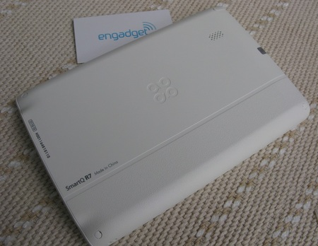 SmartDevices SmartQ R7 7-inch MID is not just a e-reader back
