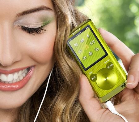 Sony Walkman NWZ-E450 Series PMP with Lyrics Sync and Karaoke green