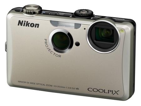 Nikon CoolPix S1100pj Projector Camera Silver