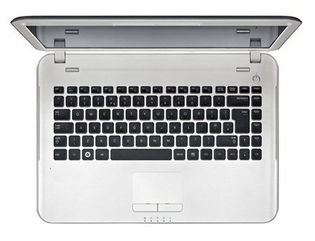 Samsung X430-11 Notebook ships with Microsoft Signature 1