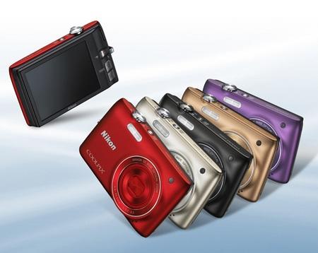 Nikon CoolPix S3100 digital camera